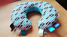 Sewing so sweet...: Poduszka rogal do gniazdkowania niemowląt - jak us...