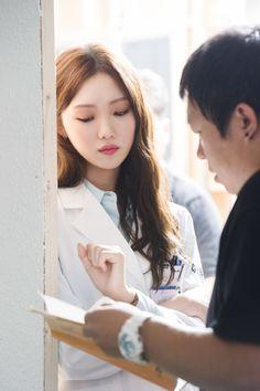 Lee Sung Kyung Doctors, Doctors Korean Drama, Romantic Doctor, Ahn Hyo Seop, Doctor Stranger, Korean Girl Photo, Bok Joo, Childhood Photos, Kpop