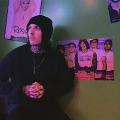 //Oliver Sykes//