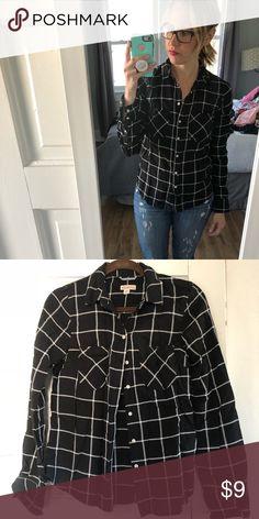 Merona button up, black & white, Target Merona button up, black & white Merona Tops Button Down Shirts