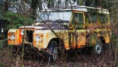 Land Rover Serie II A in Serious status.