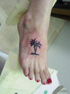 Have a palm tree tattoo. Not wild about placement but love palm trees