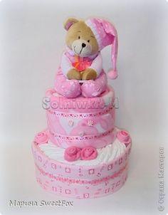 Декор предметов День рождения Моделирование конструирование Торт из памперсов фото 1