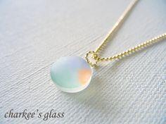 すりガラスのネックレス・A202