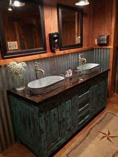 40 Best Rustic Bathroom Design Ideas To Inspire Yourself Bathroom design. 40 Best Rustic Bathroom Design Ideas To Inspire Yourself Bathroom design 40 Best Rustic Bat Barn Bathroom, Cabin Bathrooms, Bathroom Ideas, Modern Bathroom, Budget Bathroom, Bathroom Organization, Bathroom Plans, Master Bathrooms, Bathroom Colors