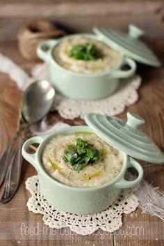 Feed Me Better: Lekka zupa krem z kalafiora.