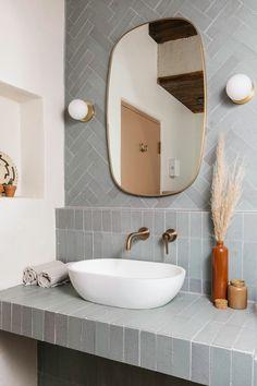 Ocotillo Suite at JTH Tucson - Cabañas en la naturaleza en alquiler en Tucson, Arizona, Estados Unidos Bad Inspiration, Bathroom Inspiration, Bathroom Renos, Small Bathroom, Bathroom Ideas, Bathroom Things, Bathroom Colors, Washroom, Modern Bathroom