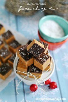 Easy Salted Caramel Fudge | www.somethingswanky.com