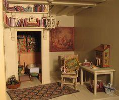La casina es de Veronique Lux   y el cesto azul me lo regaló Mariaje  . Falta todavía mucho, la pared de la escalera llevara otro tapiz y...