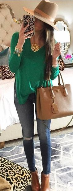 Beige Hat / Green Knit / Ripped Skinny Jeans / Camel Leather Booties / Brown Leather Tote Bag