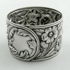 Kirk Sterling REPOUSSE napkin ring