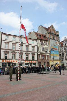 Narodowy Dzień Pamięci Żołnierzy Wyklętych  http://www.wiadomosci24.pl/artykul/bytom_w_holdzie_zolnierzom_wykletym_325487.html