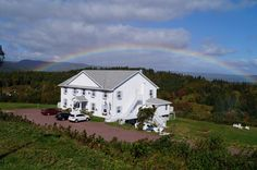 Photo Tour of Castle Rock Inn Ingonish Cape Breton Island Nova Scotia Cape Breton, Castle Rock, 4 Photos, Atlantic Ocean, Nova Scotia, Tours, Island, Mansions, Country