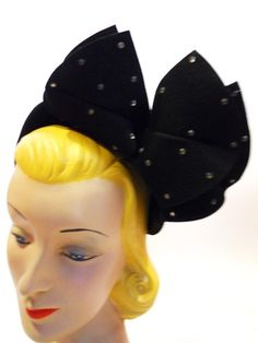 Love love love this 40s hat by Branca Models. Unfortunately, it has sold. :-(