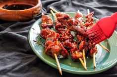 Here's a simple marinade for chicken skewers, making them the perfect easy party appetizer. They're great for a bbq or super bowl! Chicken Appetizers, Chicken Skewers, Appetizers For Party, Appetizer Recipes, Chicken Recipes, Chicken On A Stick, Bourbon Chicken, Asian Recipes, Ethnic Recipes