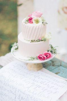 Vintage Pastel Wedding Ideas | Burnett's Boards - Inspiration