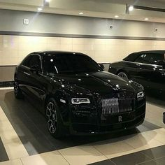 Rolls Royce cars best – Page 55 of 100 – luxury-sports-car. Luxuries automobile presents Luxury Sports Cars, Top Luxury Cars, Sport Cars, Sport Sport, Voiture Rolls Royce, Rolls Royce Cars, Rolls Royce Wraith, Rolls Royce Phantom, Maserati