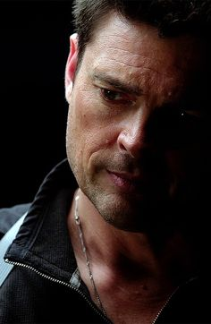 From Tumblr: Karl Urban, Almost Human. You all know exactly why I'm pinning it, so there's no need for me to say anything more, right?
