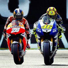 Dani Pedrosa, as Valentino Rossi goes for the pass, Assen, 2013 Yamaha Sport, Motogp Race, Circuit Of The Americas, Valentino Rossi 46, Vinales, Racing Motorcycles, Road Racing, Racing Bike, Sports Stars