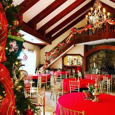 Southern Weddings, Tree Skirts, Christmas Tree, Table Decorations, Mansions, Holiday Decor, Home Decor, Mansion Houses, Homemade Home Decor