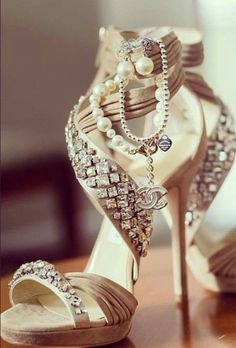 1cb55f04f12d Weddbook ♥ High heels ivory wedding sandals by Chanel and Jimmy Choo just  for you to make sure that you look amazing on your wedding day.