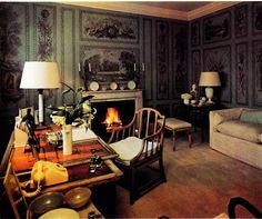 Lady Pamela Hicks' study at Britwell.  Photo from  DAVID HICKS ON HOME DECORATION.