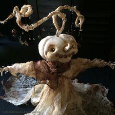 Halloween Folk Art by Melissa Valeriote Halloween Season, Spooky Halloween, Halloween Pumpkins, Halloween Ideas, Halloween Decorations, Paper Clay, Paper Mache, Pumpkin People, Polymer Clay Halloween