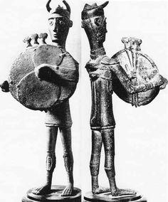 Bronze-age Sardinian warriors / Sardinia - Nuragic Civilization (note the horned helmets)