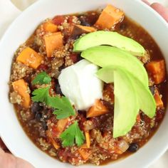 Thanksgiving vibes are strong with this one. Enjoy this slow cooker sweet potato turkey chili to warm up to Turkey Day!