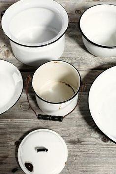 Vintage Enamelware Pot & Bowl Set #urbanoutfitters