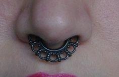 Faux septum noir ornement anneau piercing, faux clicker, bijoux tribal septum, non-piercing, clip-on