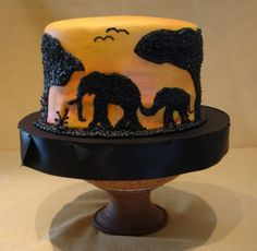 Melissa& Birthday Africa Cake This is a cake I made for my daughter who turned She is leaving for AFrica on an 80 day trip. Elephant Birthday Cakes, Elephant Cakes, Cupcakes, Cake Cookies, Cupcake Cakes, Pollo Animal, Beautiful Cakes, Amazing Cakes, Africa Cake
