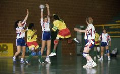 Tournoi de handball féminin lors de la 2e édition des Jeux de la Francophonie de Paris, France - 1994.