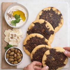 Ramadan recipes 333125703688648520 - Zaatar Manakeesh is a Mediterranean flatbread that's made with dough and zaatar spice. It's an easy recipe to make from scratch using very few ingredients! Manakeesh Recipe, Fingers Food, Cocina Light, Yummy Food, Tasty, Middle Eastern Recipes, Middle Eastern Food, Arabic Food, Arabic Dessert