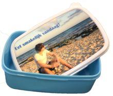Broodtrommel in de kleur blauw als back to school cadeau.