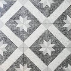 Inspirasjon - Marokkanske fliser - Historiske fliser - vakrefliser.no Terrazzo, Quilts, Blanket, Rugs, Instagram, Home Decor, Marble, Farmhouse Rugs, Decoration Home