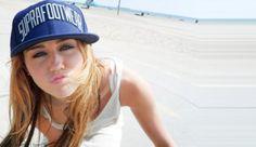 Miley szörftábor