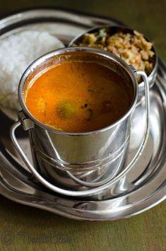Maa Vathal Kuzhambu is a delicious kuzhambu made with sun dried mangoes and eggplants.Get stepwise recipe. Indian Soup, Rasam Recipe, Punjabi Food, Dried Mangoes, Indian Food Recipes, Ethnic Recipes, South Indian Food, India Food, Grubs