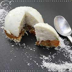 Gourmand des îles coco. No Cook Desserts, Mini Desserts, Patisserie Fine, Mousse, New Recipes, Cooking Recipes, Cuisine Diverse, Cake & Co, Different Cakes