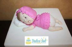 Bebé modelada en azúcar