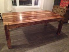 Table bois de rose mobilier de salle manger et cuisine for Table de salle a manger kijiji