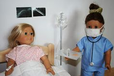 IN THE HOSPITAL How to make hospital gown wrist band doctor or nurse scrubs mask stethoscope syringe fever thermometer IV and IV stand XRay pictures and BandAids American Girl Outfits, American Girl Crafts, Ag Doll Clothes, Doll Clothes Patterns, Doll Patterns, Dress Patterns, American Girl Doll Hospital, American Girl Dolls, American Girl Accessories