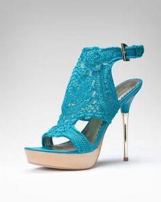 Entre Hilos y Puntadas: ¿Qué zapatillas me pongo?