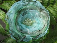 How to make a flowers & rosettes. How To Make Chiffon Flowers - Step 5 Dyi Flowers, Making Fabric Flowers, Organza Flowers, Shabby Flowers, Handmade Flowers, Flower Making, Crochet Flowers, Material Flowers, Fabric Flower Brooch