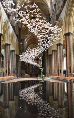 Pictures of the Day: 11 May 2018 - German Artist Michael Pendry (pictured) has hung 2500 origami doves in the nave of Salisbury Cathedral in an installation called Les Colombes. Deco Restaurant, Modern Restaurant, Salisbury Cathedral, Ceiling Installation, Origami Installation, Interior Architecture, Interior Design, Origami Architecture, Deco Nature