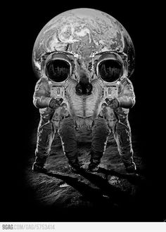 Everyone loves skull illusions! Check out our large collection of different optical illusions Memento Mori, Illusion Kunst, Art Noir, Street Art, 3d Art, Totenkopf Tattoos, Arte Obscura, Skull And Bones, Skull Art