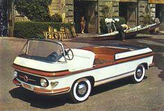 1956 Pininfarina Fiat Multipla Marine. So much want. I love the boat-like aesthetic.