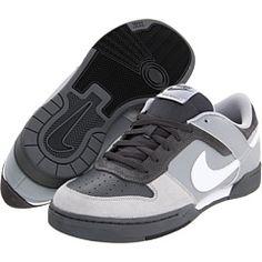 Nike - Renzo 2