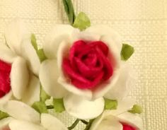 FF-100 $1.25 Miniature Red and White Paper Roses