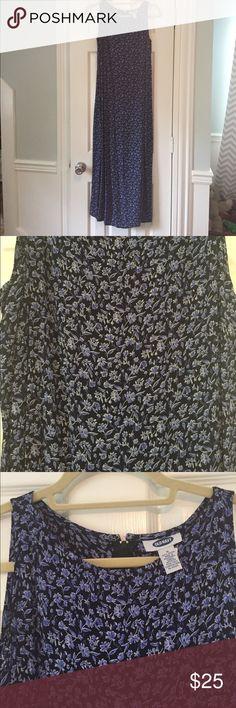 """Long Blue Floral Sun Dress Long Blue Floral Sun Dress.  Old Navy.  51"""" Long. Old Navy Dresses Maxi"""